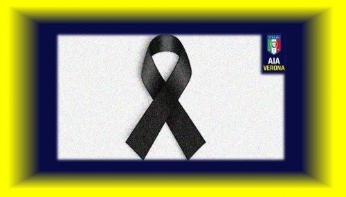 Scomparso Loris Azzaro, arbitri in campo con lutto al braccio